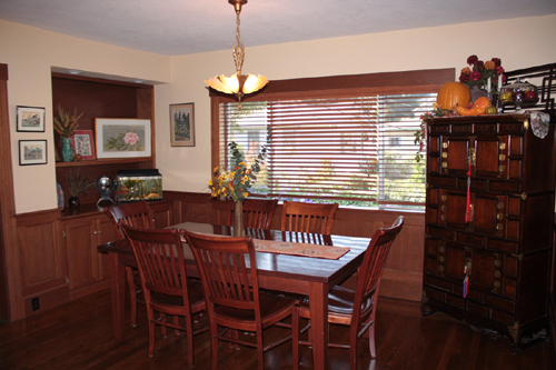 A Craftsman Home dining room on the Martinez Home Tour