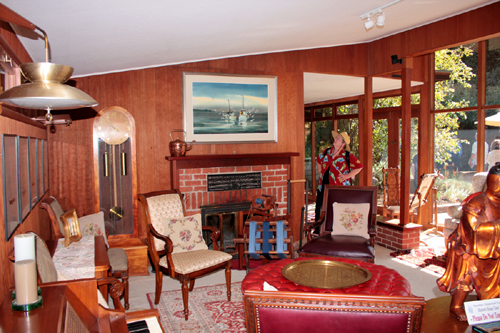 The living room of a Frank Lloyd Wright Inspired Ranch House on the Martinez Home Tour