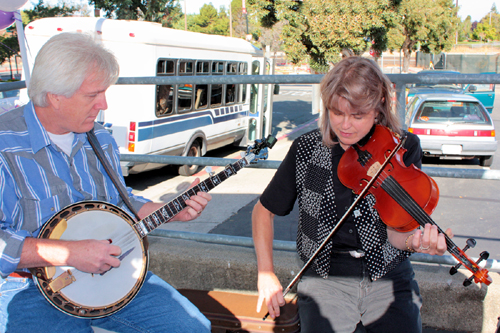 Musical entertainment on the Martinez Home Tour