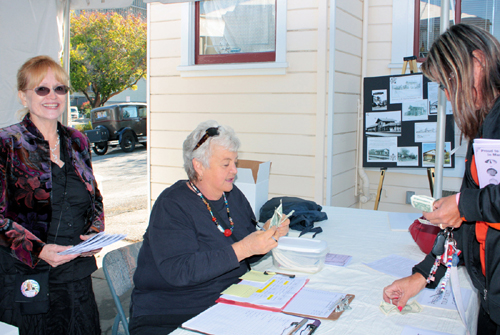 The volunteers of the Martinez Historical Society put on the Martinez Home Tour