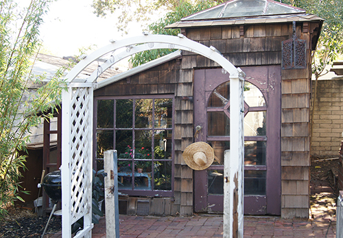 A potting shed in a Martinez CA garden