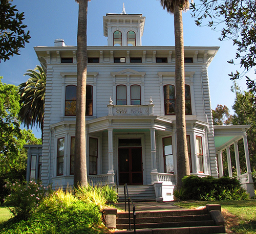 This is a beautiful Victorian Home in the Italianate style in the town of Martinez, CA.